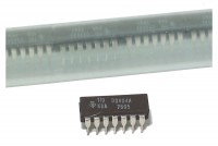 RETAIL TTL LOGIC IC 7404 25pcs
