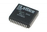 CPLD PROGRAMMABLE LOGIC IC PLCC44