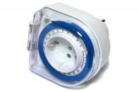 SCHUKO 24H OUTDOOR MAINS TIMER IP44