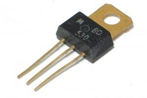 TRANSISTOR BD530 (golden)