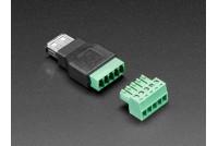 USB A-NAARAS RUUVILIITOKSILLA