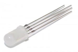 MATTAPINTAINEN RGB-LED 5mm PUN/VIH/SIN 4-PIN. YHTEISANODI