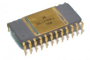 CMOS-LOGIC IC REG 4580 GOLDED DIP24