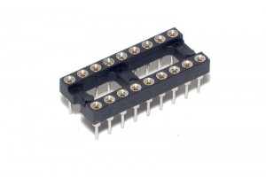 IC SOCKET 18-PINS (DIP18, DIL18)