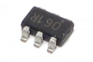 Microchip MIKROKONTROLLERI PIC10F206 SMD